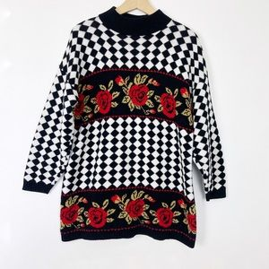 Vintage black white checkered rose floral sweater